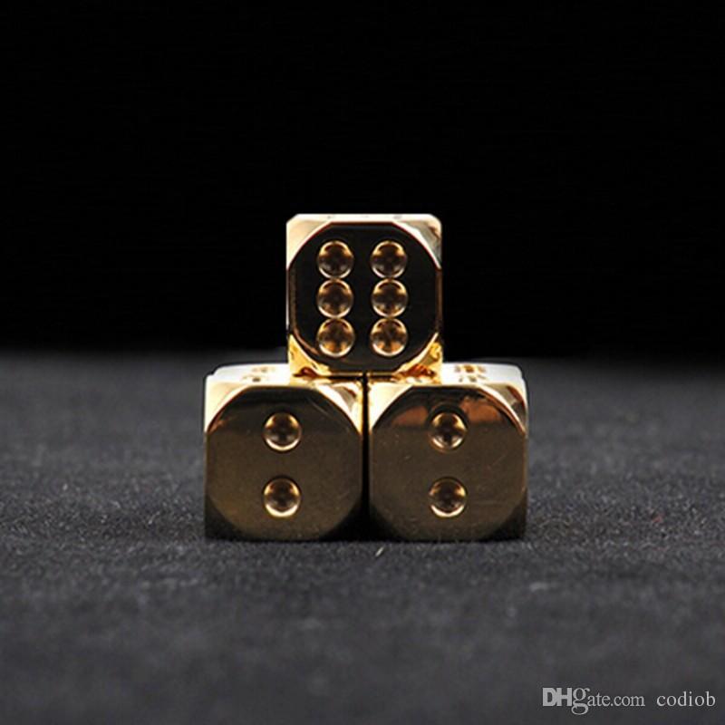 النردات خفض 15mm النحاس النرد مخصص النحاس النقي المصنوعة يدويا مصقول الأصالة ريترو لعبة خمر الزخرفية مجموعة بار لوازم # S36