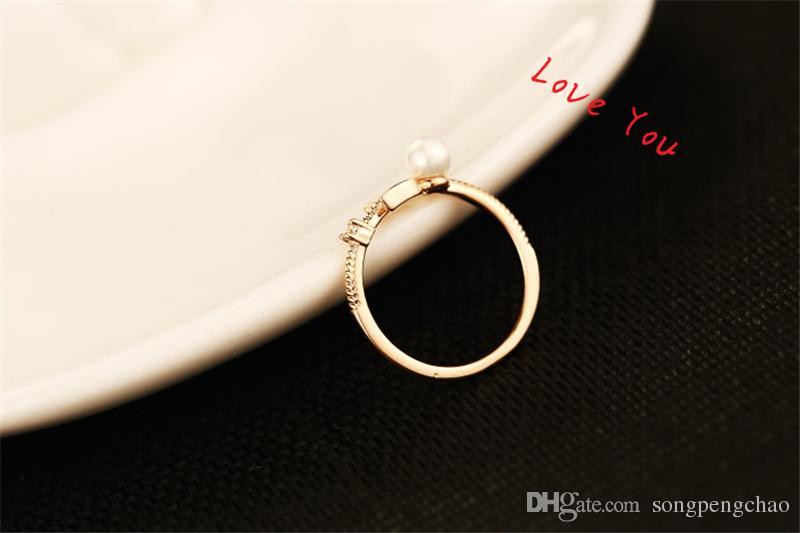 Marca Europea Chapada en oro Letra D Anillo Dormüeñal de perlas de moda Anillos de los encantos de la vendimia para la fiesta de bodas de la joyería del traje del anillo del dedo del vintage