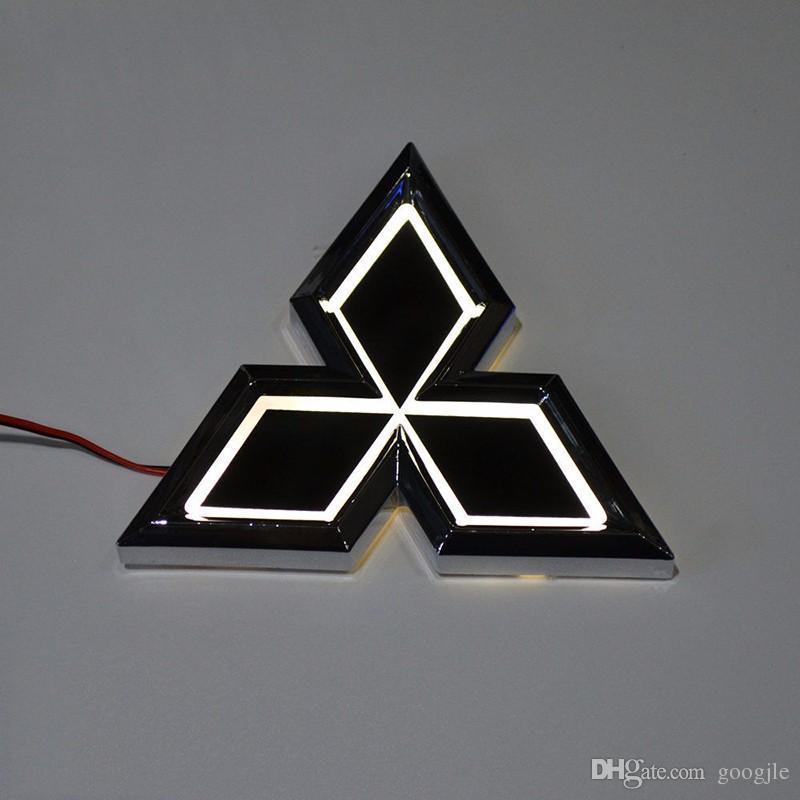 Araba Styling 7.65 cm * 8.7 cm 5D Arka Rozeti Ampul Amblem Logo Mitsubishi Galant-09 için LED Işık Sticker Lambası Lancer-10 Lioncel-04 Zinger ASX CUV