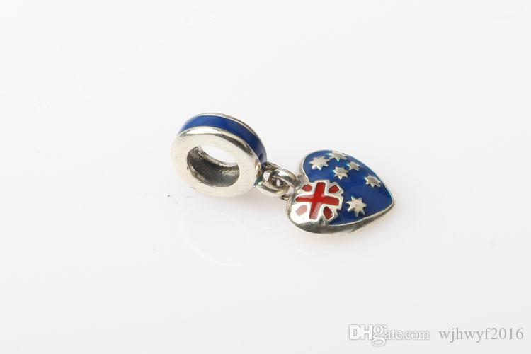 Nova bandeira dos EUA encantos com corações coloridos esmalte Dangle encantos encantos 925 jóias de prata esterlina se encaixa bracelete europeu diy fazendo hb302
