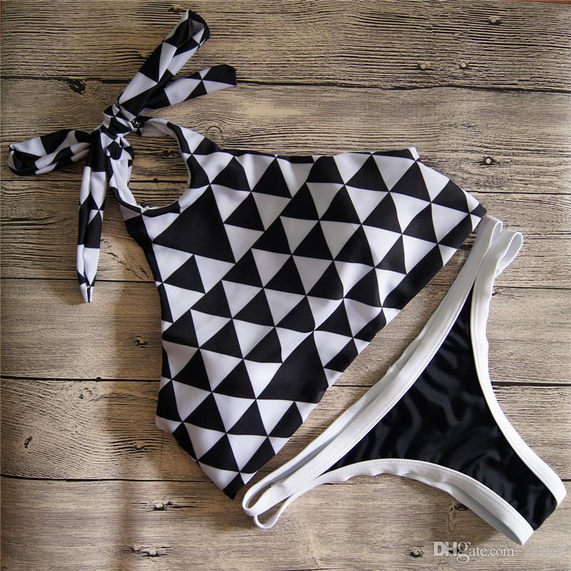 New Women Striped / Plaid Vita bassa Bikini a triangolo con cinturino alto collo Halter Swimwear Young girl Costume da bagno costume da bagno