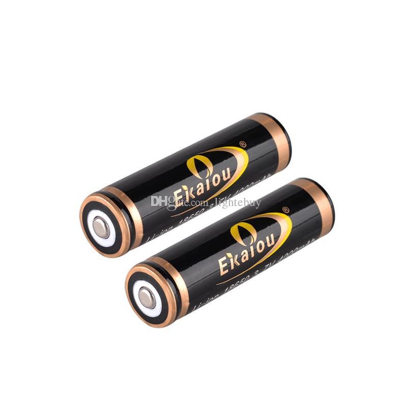 Faros LED 1800 Lúmenes XM-L T6 Luz de Faros para Caza Camping con 2 unids 18650 Cargador de batería + Cargador de coche
