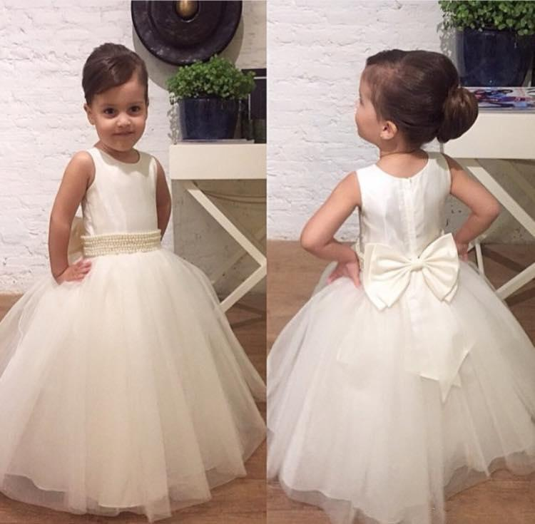 Crew Neck Tulle Flower Girl Dresses Cheap Floor Length Pearls Beading Belt Satin Girls Pageant Dress Bow Sash White Ball Gowns for Wedding