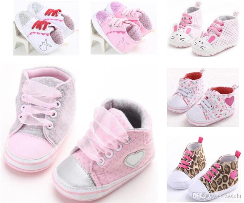 6ad10bb6dba11 2019 Classic Casual Baby Girl Shoes Toddler Newborn Polka Dots Baby Girls  Autumn Lace Up First Walkers Sneakers Shoes From Taolebi