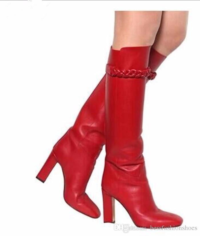 2018 Nova Qualidade Superior Fivela Cinta Deslizamento Em Botas de Salto Alto Sapatos de Couro Macio Vermelho feminino Pista de Runway Na Altura Do Joelho Botas Altas Grossas Salto Alto Botas Mulher