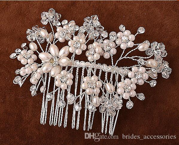 2015 Cheap Modest Hair Combs Beads Pearls Wedding Accessories Tiaras Hand Made Crystal For Bridal New Arrive Hot Sale