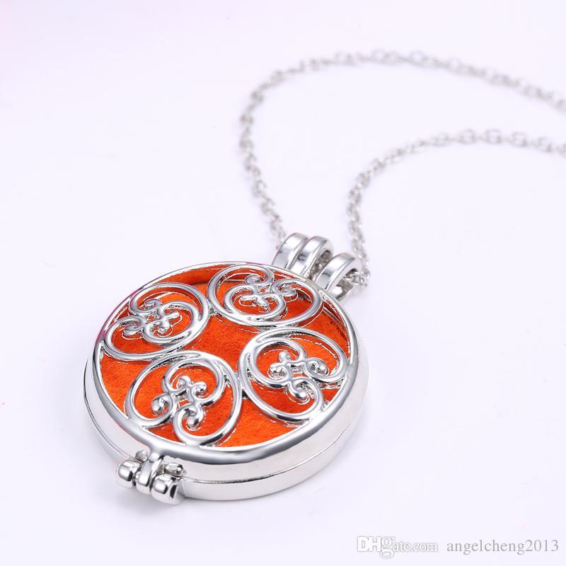 Tom de prata Material Rodada Óleo Essencial Difusor Medalhão Magnético / Escultura Aromaterapia Colar 3 Almofadas Laváveis 16N0109