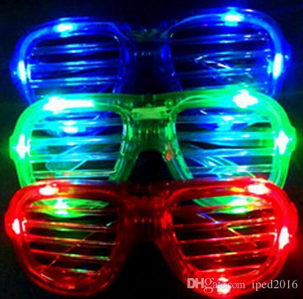 353a815e23 Compre Gafas De Luz Led Persianas Intermitentes Vidrios De Forma Gafas De Sol  Led Gafas De Sol Bailes Suministros De Fiesta Festival Decoratio Para ...