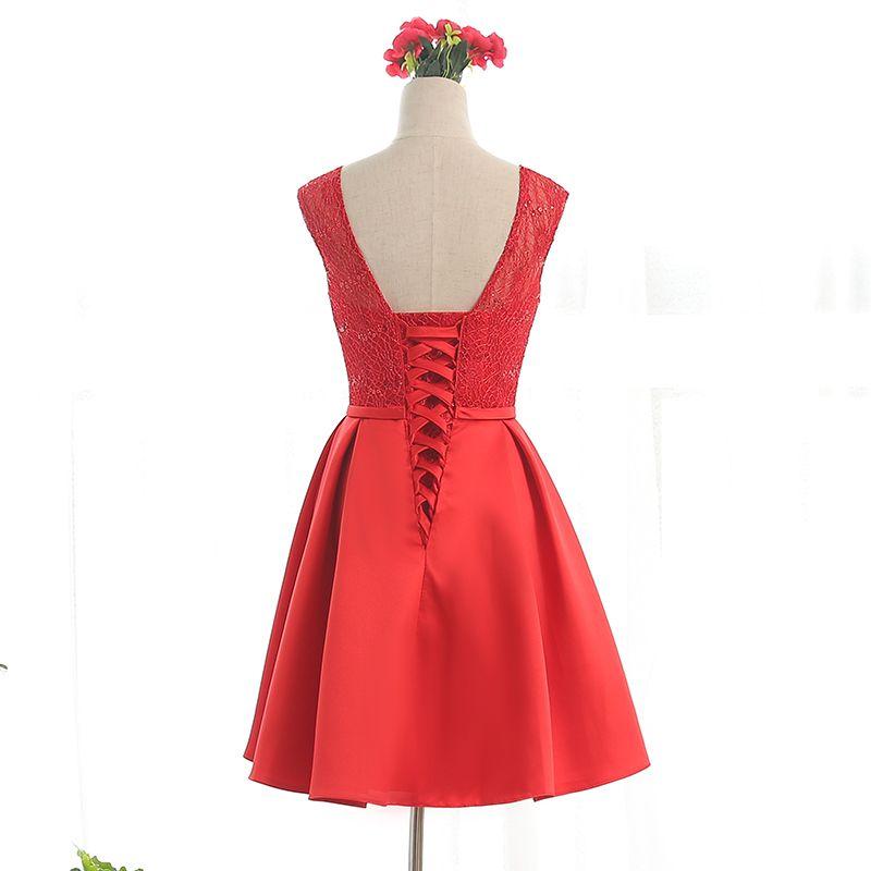Bateau cou dentelle robes de cocktail en satin avec Bow 2016 longueur genou robe de soirée Lace Up couleur rouge