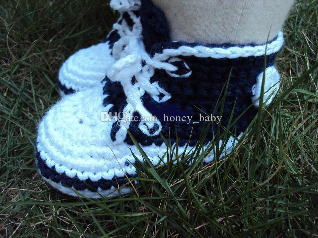 Autumn Winter Crochet Baby Boys Girls Sports Shoes Sneakers Newborn Infant Tennis Shoes Knitted Shoe First Walkers Booties 0-12M Cotton Yarn