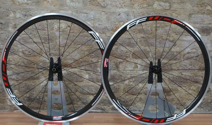 2020 New Standard Weight Ffwd 38mm Clincher Bike Wheelset 700C Carbon Fiber Road Racing Bicycle Wheels