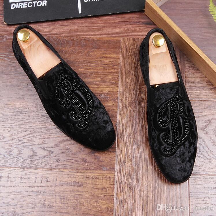 Nuevo estilo Strass Men Mocasines Negro Suede Tiger Rhinestones Zapatillas de fiesta de la boda zapatos de vestir de la borla pisos de los hombres Leathe genuino Z268