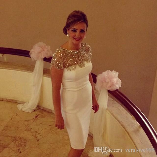 Скромный Кристалл колен вечерние платья Cap рукавом бисером короткие платья выпускного вечера 2017 пользовательские коктейльное платье горячие свадьбы порыв платье