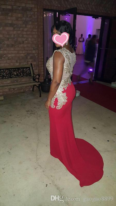 2019 in magazzino Royal Blue Dubai Abiti Arabi Abiti da sera Party Wear Wear Gold Embroidery Crystal Sheer Back Mermaid Prom Dresses Real image a buon mercato