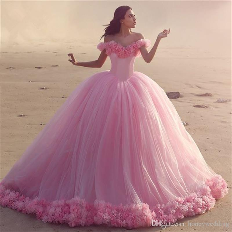 Romantic Ball Gown Wedding Gowns Off Shoulder Flowers Ruched Tulle Long Train 2017 New Wedding Dresses Plus Size Beach Bridal Gowns
