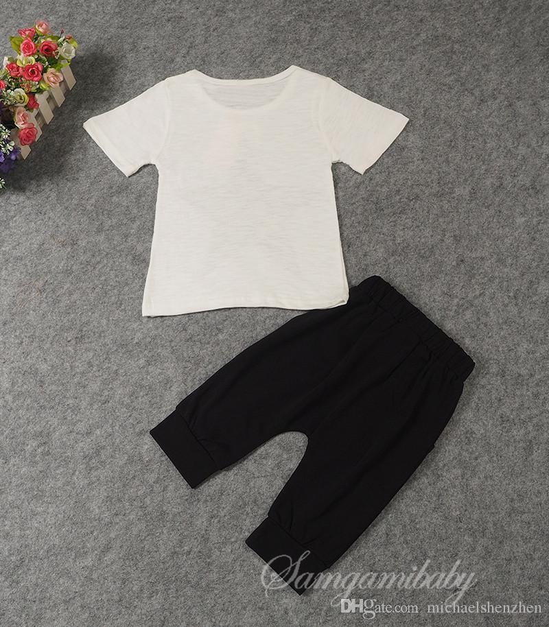 Juego de trajes de algodón INS star para niños. Moda de verano para niños. Camiseta de manga corta + Pantalones cortos de harem.