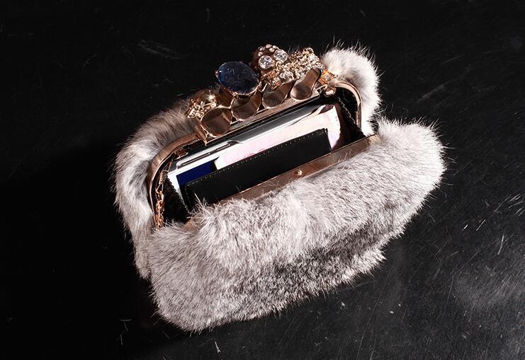2017 personalidad de la moda europea de gama alta atmósfera bolso de mano de piel de invierno bolso de piel gris cena de noche anillo envío gratis