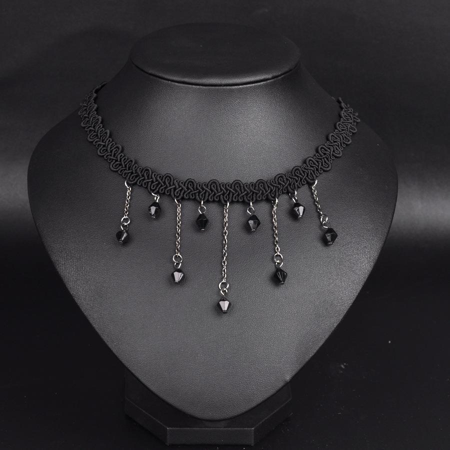 Hot Selling! Japanese Retro Velvet Belt Neck Strap Lace Collar Short Chain Necklace Lolita Punk Clavicle Chain Necklaces