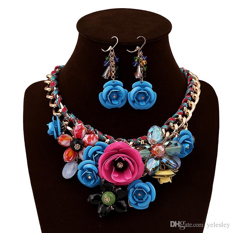 Conjuntos de joyas de moda Flor de las mujeres K blanco Aretes Conjuntos Conjuntos de joyas Placa de oro rosa Pendiente de esmalte de cristal / Collar / Anillo Flor