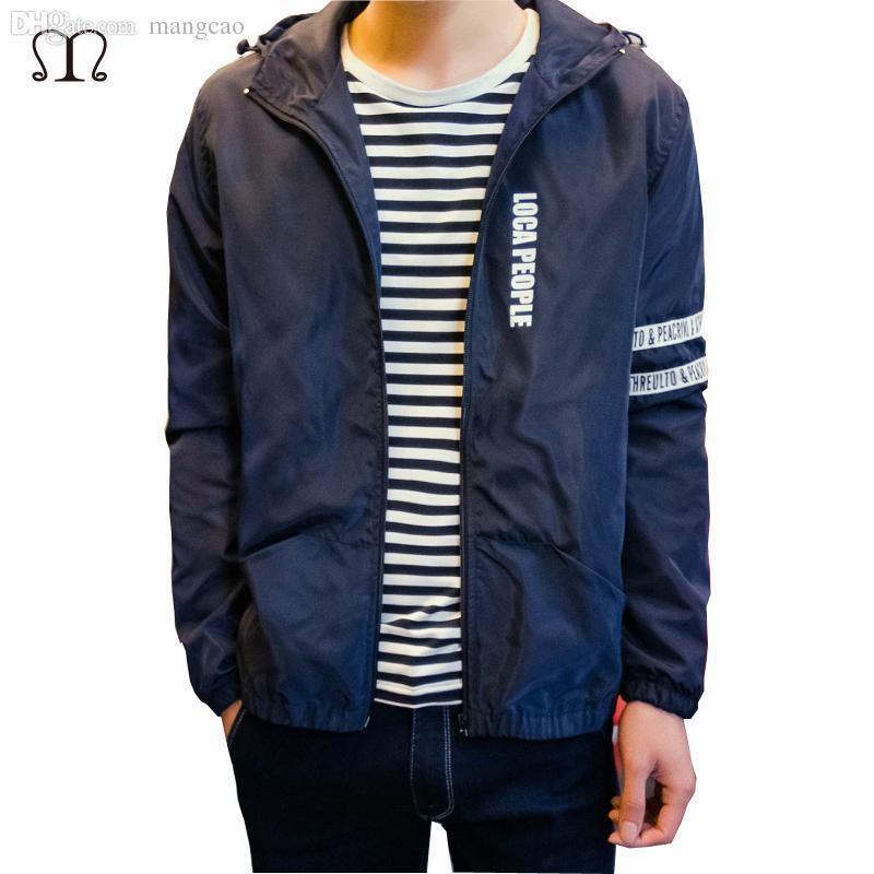 buy popular 26955 6d1f8 Giacche estive per uomo autunno-2016 Abbigliamento casual Cappuccio in  poliestere leggero Sport all aria aperta Impermeabile Sottile Giacca a  vento ...