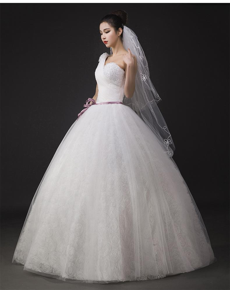 White Wedding Dress One Shoulder Ball Gown Bride Slim Long Section