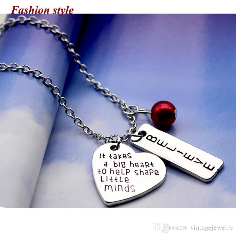 мода сердце гибкие серебряные ювелирные изделия ожерелья это занимает большое сердце, чтобы помочь сформировать маленькие умы имитация жемчуга LM-N242