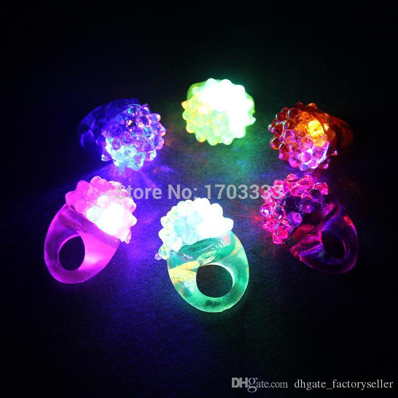 2016 Vente Chaude Cool Led Light Up Clignotant Anneau À Bulles Rave Party Clignotant Doux Jelly Glow Party faveur