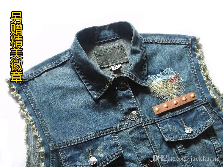 Motorcycle Club Denim Vest Men's Vintage Sleevess Badge Rivet Embroidery Eagle Pattern Design Patch Distressed Biker Ride Vests