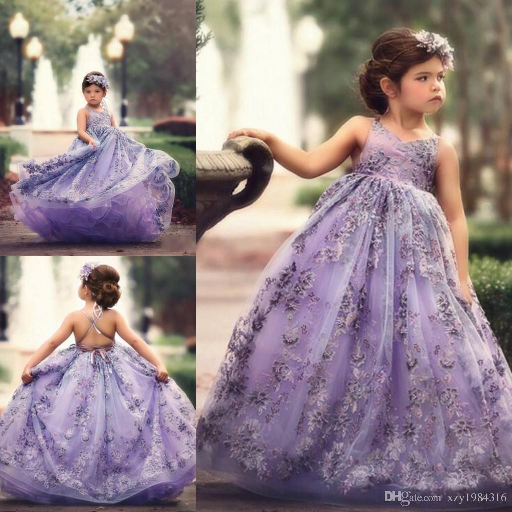 Pretty Lavender Flower Girl Dresses V-Neck Lace Appliques Floor Length Fluffy Girl Birthday Dress Gorgeous Lovely Backless Communion Dresses