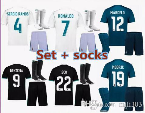 dfeeb74e0cb82 2017 2018 Jerseys De Madrid Reales Kit De Fútbol Ronaldo Ceballos Modric  Jersey De Fútbol Jersey De Fútbol Bale Ramos Benzema 17 18 Real Madrid  Maillot Por ...