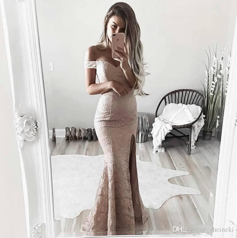 2017 Modeste Pas Cher Côté Split Gaine Full Lace Robes De Bal Hors Les Épaules Formelle Robes De Soirée Robes De Soirée Robes