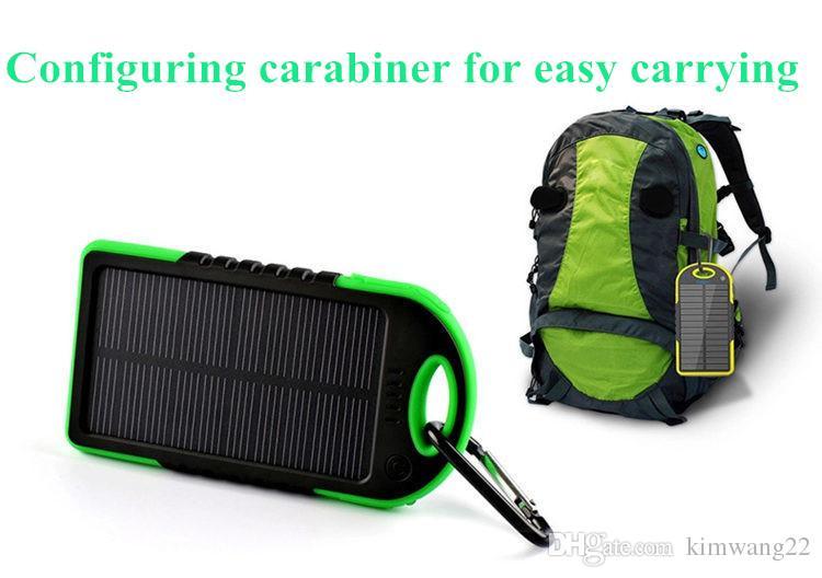 5000mAh chargeur solaire et batterie panneau solaire portable pour téléphone portable caméra portable MP4 avec lampe de poche étanche aux chocs
