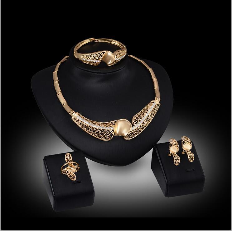 Высококачественные Hollow Twist цветочные Ювелирные Наборы ожерелье браслет серьги кольца свадебные 18 К золотые украшения семья из четырех GTOMKS034
