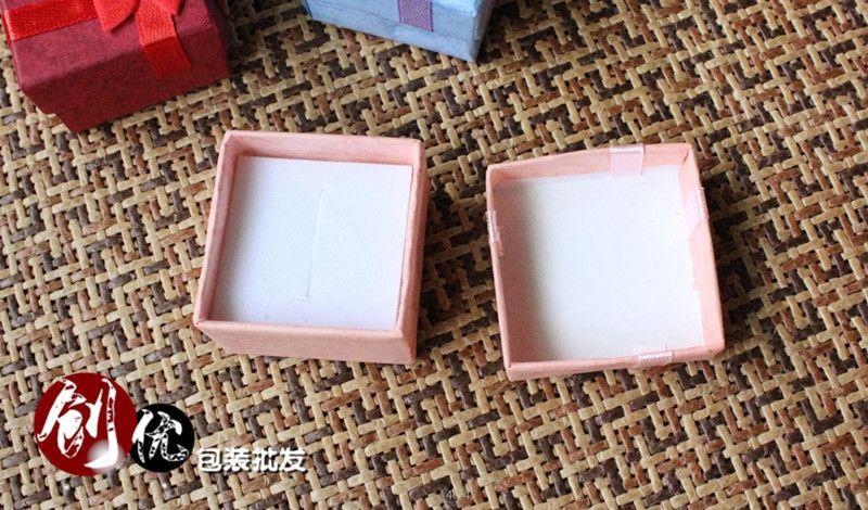 Caixa de jóias superior moda caixa de presente custódia azul rosa vermelho roxo cor 4 cm * 4 cm