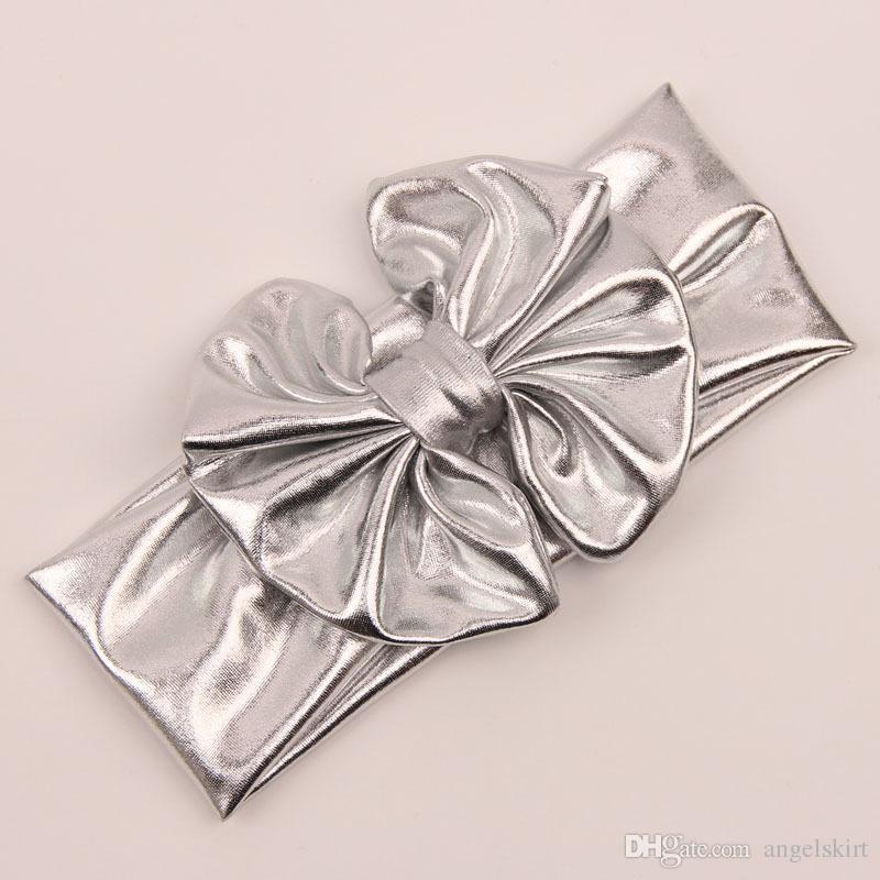 Venta al por mayor Baby Ruffle Bloomer Metalli Newborn Toddle Puffy Panty Golden Silver Head Wraps Cubiertas para pañales Conjunto para bebé Bloomers y Diadema