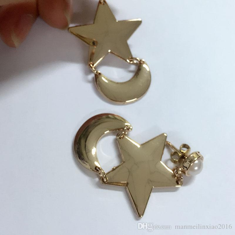 Hot Anime SAILOR MOON Crescent Star Dangle EARRINGS Cosplay COSTUME NEW Pierced Clip Accessories Metal Halloween/ Chrismas