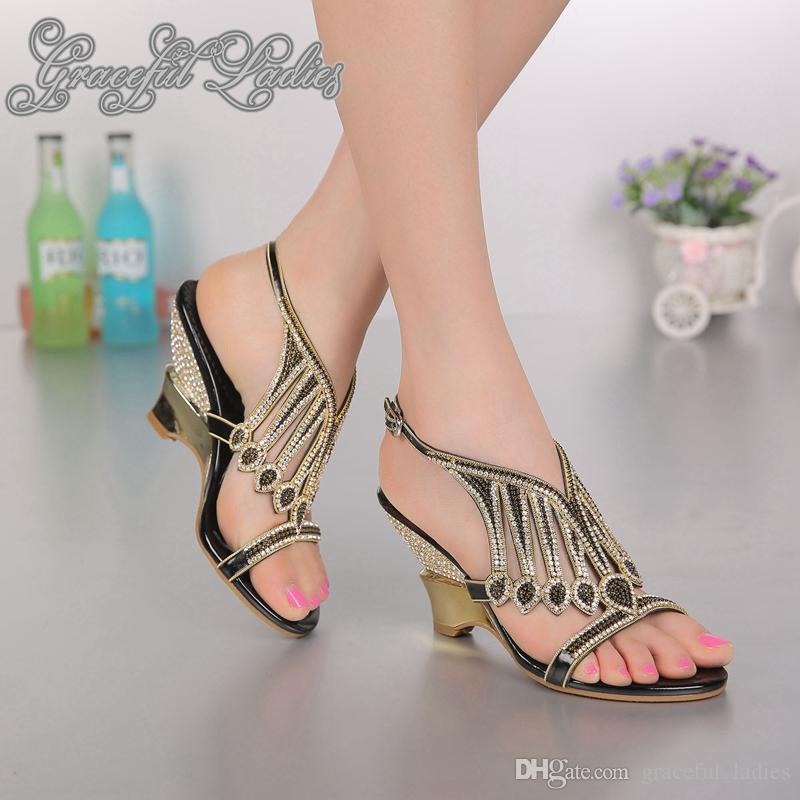 Lindo tacones de cuña de 8 cm talones diamantes de imitación de la sandalia de las señoras sandalias de las mujeres para los zapatos de fiesta de la boda Zapatos abiertos para mujer del nuevo del verano 2016 sandalias