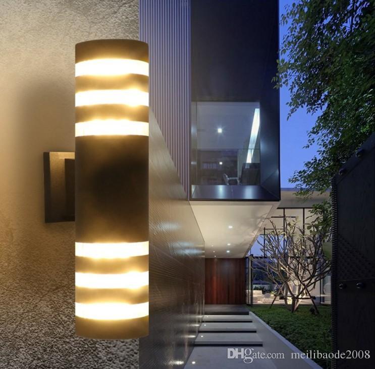 2020 Modern Waterproof Up Down Aluminum Cuboid Led Wall
