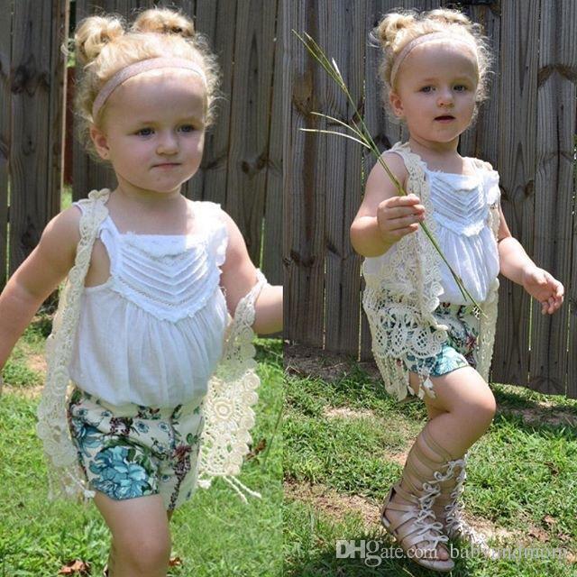 2016 INS QUENTE menina do bebê crianças floral crochet colete de crochê oco lace malha xale casaco robe cardigan Poncho tops borlas Bonitos franjas