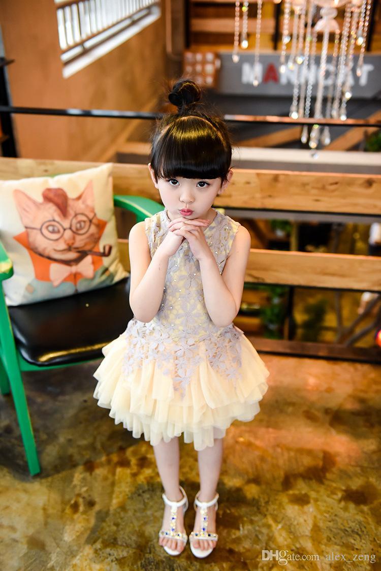 Robe élégante fille Bébés filles 2016 été mode en dentelle perlée Gaze manches Robes de soirée Tutu Dentelle Fleur Princesse Robes Livraison gratuite