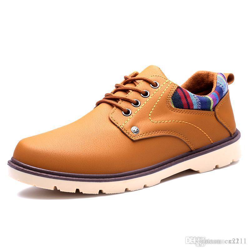 Compre Venta Caliente Nueva Oxford Zapatos Casuales Hombres Moda Hombres  Zapatos De Cuero Primavera Otoño Hombres Planos Charol Hombres Zapatos  Envío Gratis ... d597b813b05a