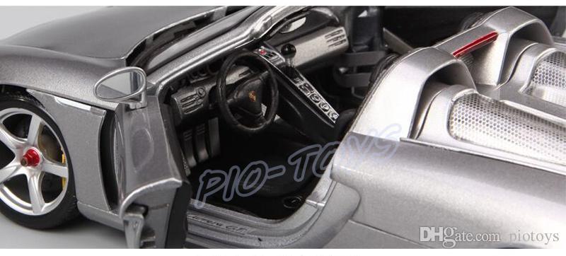 Chegada nova Presente Maisto GT 1:18 Modelo de Metal de Luxo Roadster Carro Grande Ventilador Coleção Liga Veículo Brinquedos Simulação Presente