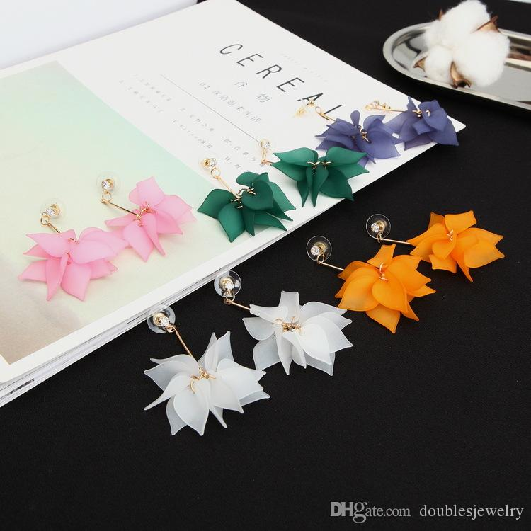 Selling version of Xian Qi bright petals fringed snow frosted Earrings Flower Earrings Jewelry Wholesale Jewelry Ear female personality