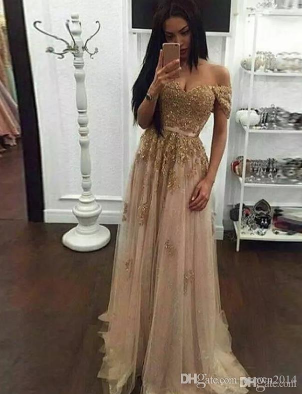 Vestidos de noche árabes con cuentas de encaje de champán Vestidos de fiesta de tul de una línea de tul fuera del hombro Vestidos de fiesta formales baratos de la vendimia Diseñador