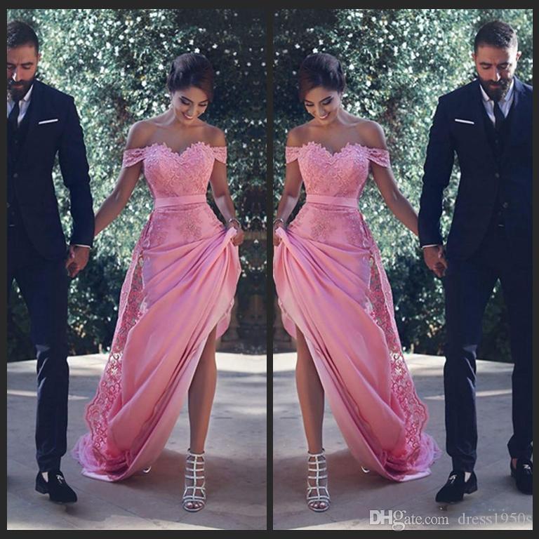 Blush Off The Shoulder vestidos de dama de honra longo com apliques de renda Sash A linha vestido de convidados do casamento Maid of Honor vestidos de coquetel baratos