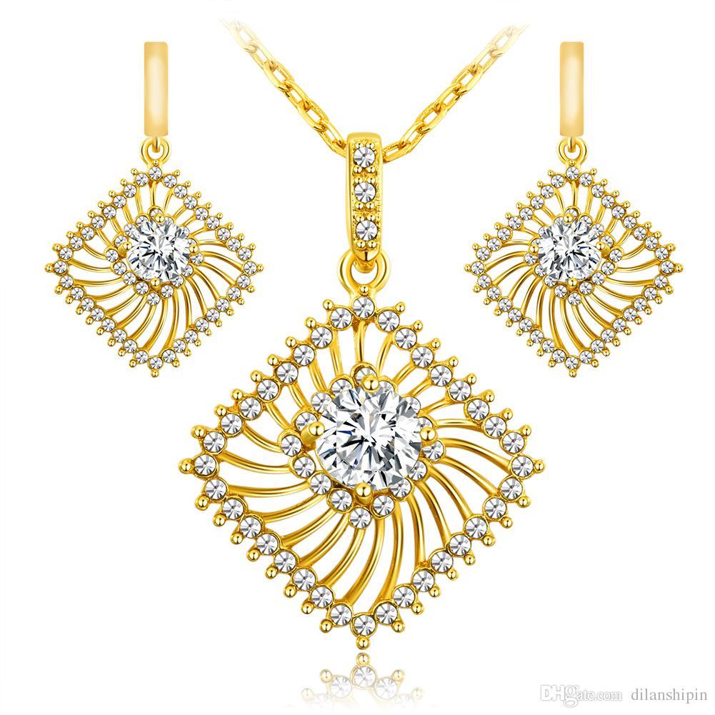 Las mujeres 18K / chapado en oro blanco de la boda de la manera nupcial Girls Necklace Necklace Set African Crystal Platinum ahueca hacia fuera la joyería fija