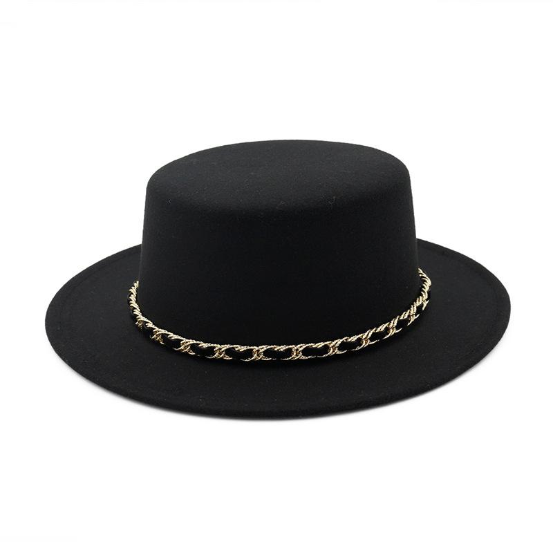 New European US Women Wool Boater Flat Top Hat Wide Brim Felt Fedora Hat  With Chain Ladies Feltro Bowler Gambler Top Hat Floppy Hat Kangol Hats From  ... 676d81ec99a