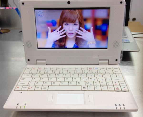 Android4.2 VIA8880 7 Inch Learning Machine Netbook Build Camera HDD 512mb 4GB WIFI 802.11b G USB 3G Dongle Laptops XB07 1 Tutoring Learning