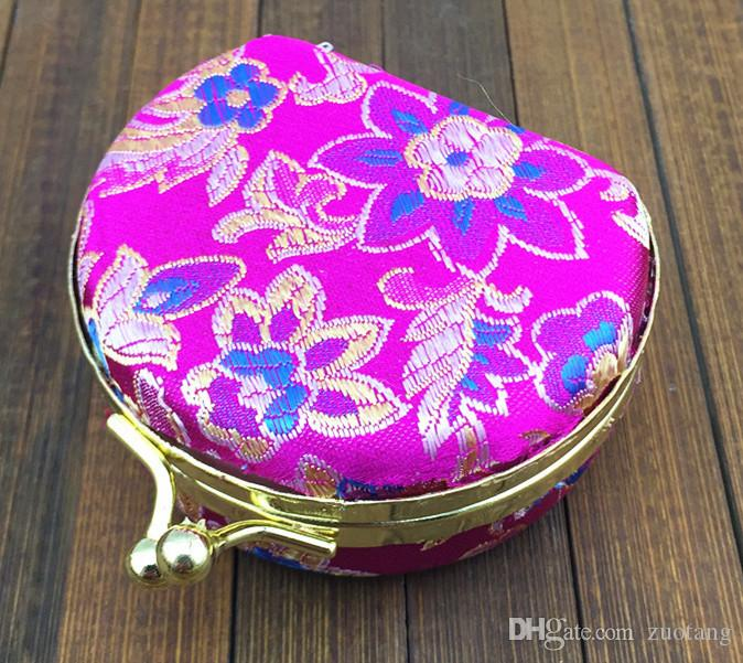 Portable Small Travel Necklace Ring Jewelry Set Gift Box Display Cases Cute Silk Satin Cloth Craft Metal buckle Packaging Boxes