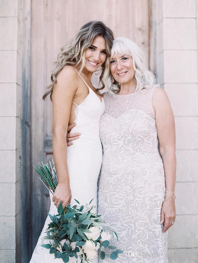2017 New Lace Mermaid Wedding Dresses Sexy Spaghetti Straps Backless Wedding Bridal Gowns Court Train Garden Wedding Dress